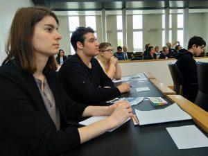 v.l.n.r.: Ann-Katrin Müller, Tristan Kharfallah und Louise Zimmermann